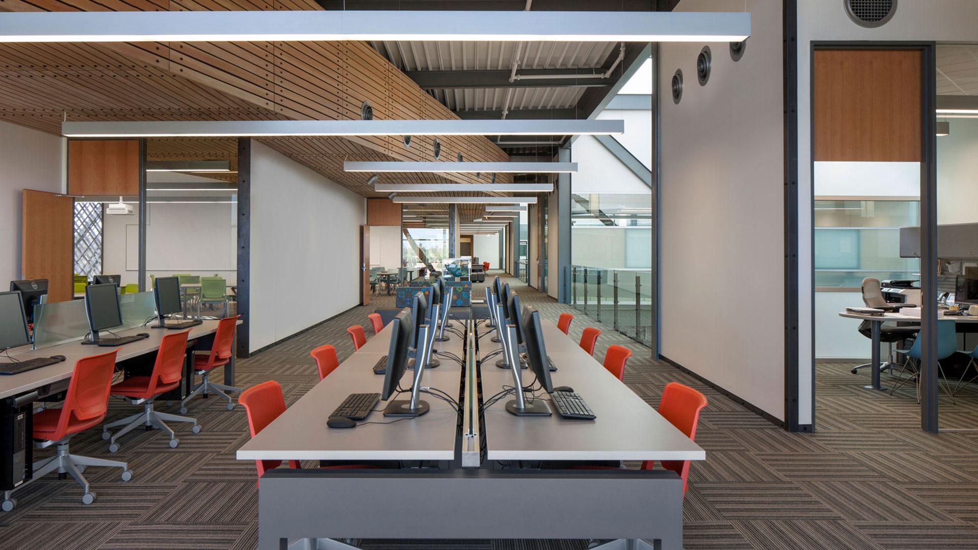 white baux library estrella hall collaborative learning 1920x Estrella Hall + Classrooms, Library